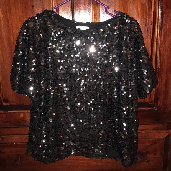 H&M Tops - H&M Sequined Black T Shirt